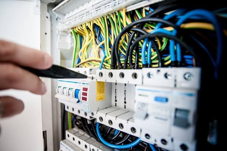 Herramientas electricistas Vigo